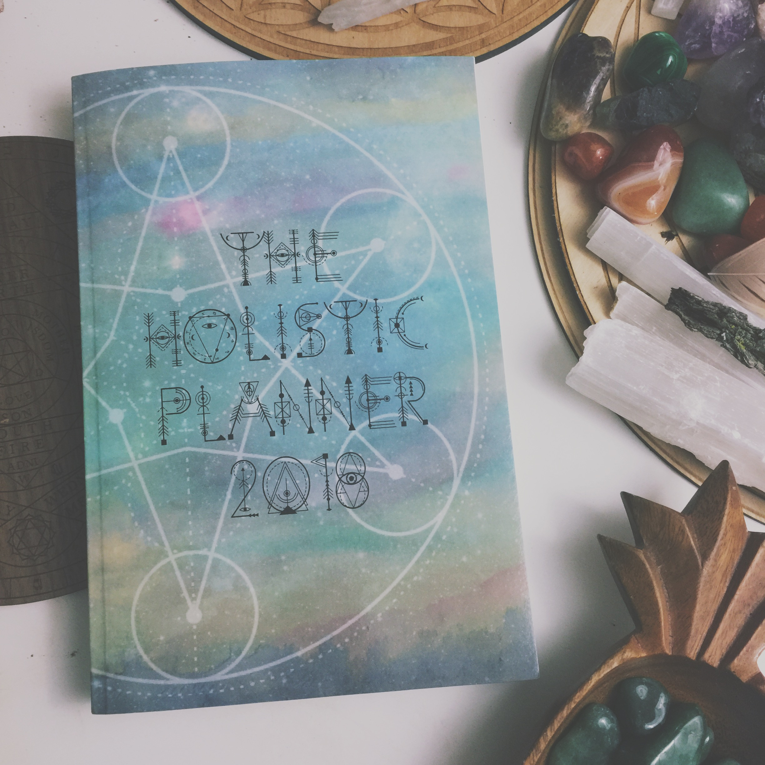 The 2018 Holistic Planner + Manifesting Intentions Workbook